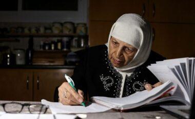 Shpresa vdes e fundit, e moshuara diplomohet në moshën 85 vjeçare (FOTO LAJM)