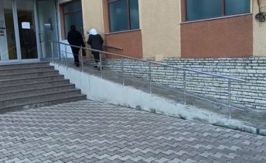 Helmimi masiv në Krujë, paraqiten sërish banorë me spital