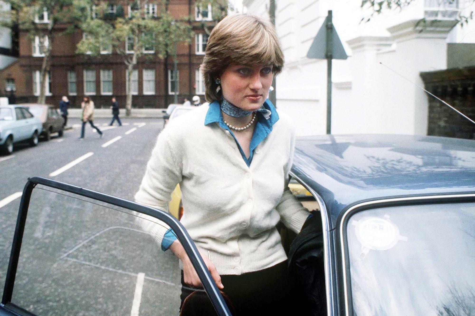 Ikonë e modës, 15 pulovra të Lady Diana-s nga të cilat mund të frymëzoheni për sezonin vjeshtë-dimër (FOTO LAJM)