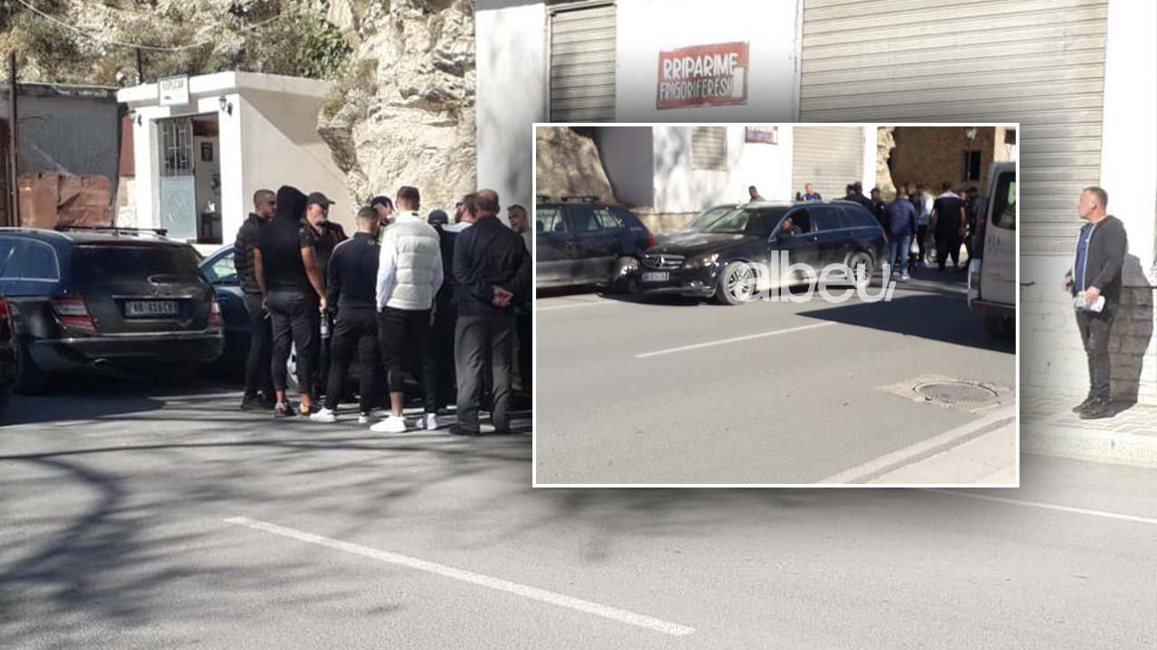 Aksident i katërfishtë në Berat (FOTO & VIDEO)
