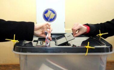 Zgjedhjet lokale në Kosovë: Nis procesi në të gjitha qendrat, i pari voton kryetari i KQZ