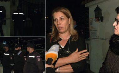 """Rrethohen """"Sarajet"""" në Tiranë: Bashkia do të marrë godinën, familjarët kundërshtojnë"""