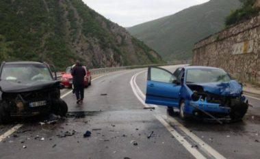 Aksident në Elbasan, një i lënduar