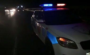 EMRI/ Makina përplas këmbësorin në Tapizë-Thumanë, në gjendje të rëndë te Trauma