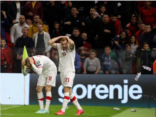 Incidentet në ndeshjen Shqipëri-Poloni, vjen vendimi nga FIFA