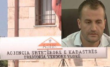 """I """"kapën"""" 60 mijë euro në shtëpi, justifikohet ish-kreu i Kadastrës së Vlorës: S'janë të miat, janë të vëllait që bën ndërtime"""