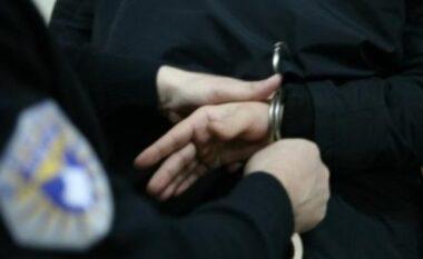 ZGJEDHJET/ Pengoi votimin e qytetarëve, një i arrestuar në Kosovë