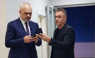 """""""Thuaj Sandrit shyqyr që jam në një emision"""", Rama ndërpret edicionin e lajmve"""