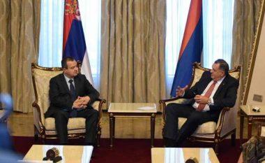 Dodik s'heq dorë nga shpërbërja e Bosnjës, Daçiç: Mund të llogarisë në mbështetjen e Serbisë