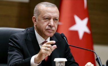 """Kritikët """"shuplakë"""" Erdogan: Kërkesa për dëbimin e diplomatëve, shpërqendrim nga problemet ekonomike"""