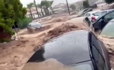 Përmbytjet e mëdha në Itali sjellin probleme me trafikun ajror, anulohen dhjetra fluturime