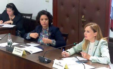 """Debat në Komisionin e Ekonomisë për """"Bashkëqeverisjen"""", Tabaku: Nuk jeni të aftë përcaktoni efektet financiare"""