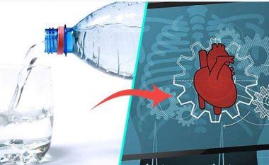 Ataku kardiak dhe lidhja me konsumin e ujit, ju tregoj çfarë nuk dini