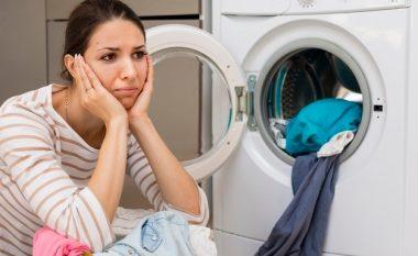 A duhet t'i lani rrobat pas çdo here që i vishni?