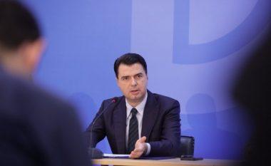 Basha i kujton të shkuarën Berishës: Nisma për vetting politik është e 2018-ës, ke firmosur edhe ti
