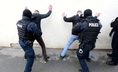 "U prezantua se ishte ministër, Policia e Kosovës i ""hedh prangat"""