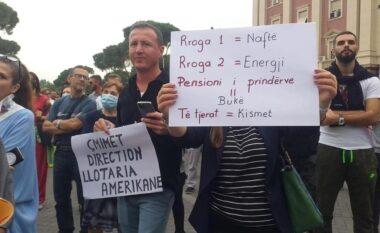 Shqiptarët protestuan për rritjen e çmimeve, policia shpall në kërkim 4 pjesmarrësit