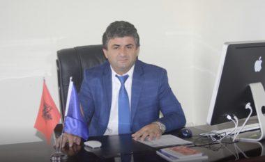 Kërcënoi me armë policinë, Gjykata pushon çështjen për kandidatin e BD në Kukës dhe të afërmit e tij