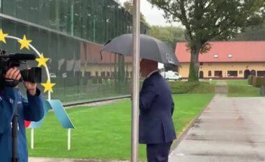 """""""Fitoi Rama"""", dueli epik mes kryeministrit shqiptar dhe atij holandez (VIDEO)"""