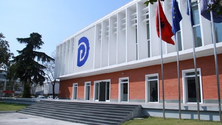 E FUNDIT/ Mbledhja e grupit të PD, depozitohet nesër në Kuvend projektligji për TVSH-në