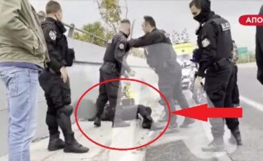 Shqiptari, kriminel në Greqi? Pamje nga atentati në Athinë, autorët e qëlluan nga makina (VIDEO)