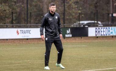 Huntelaar kthehet në futboll disa muaj pas pensionimit