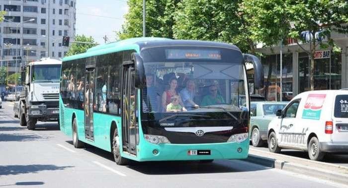 Sot u përgjysmua numri i autobuzave në Tiranë, reagon për herë të parë bashkia