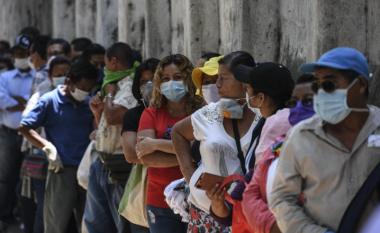 """""""Të varfërit gjithmonë humbin"""", samiti i G-20-ës dhe shqetësimet mbi pabarazinë në shpërndarjen e vaksinave"""